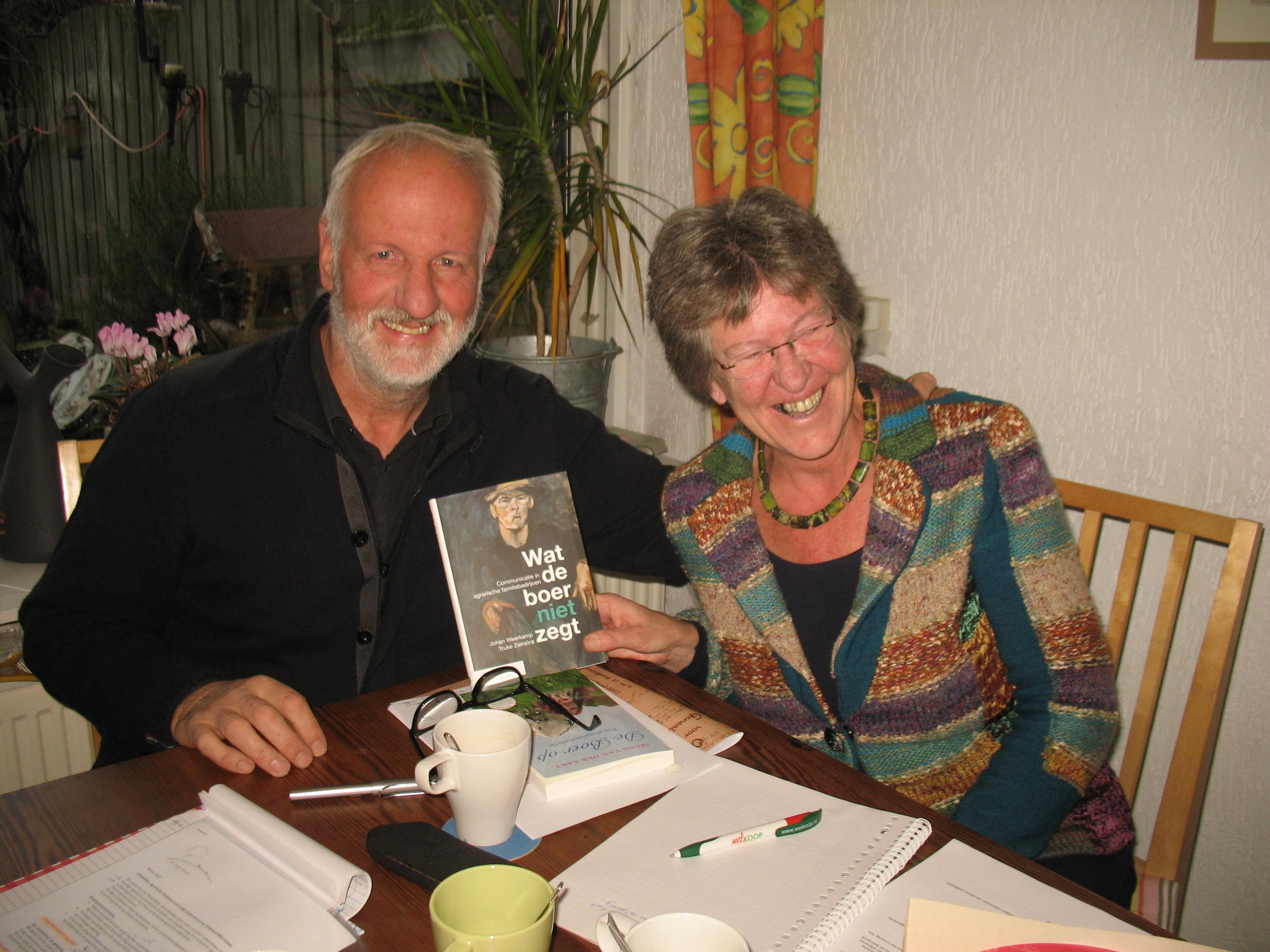 20131129c Bennekom - Bellaertsstraat 28 (Green-Team bijeenkomst, Uitgave boek Wat de boer niet zegt - De auteurs Johan en Truke)
